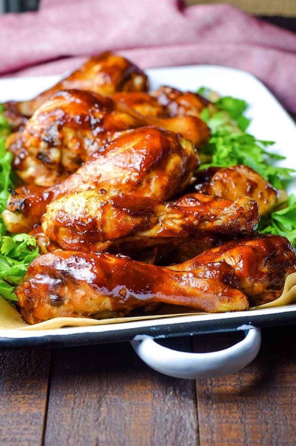 Karamelizēti krāsnī cepti vistu stilbiņi