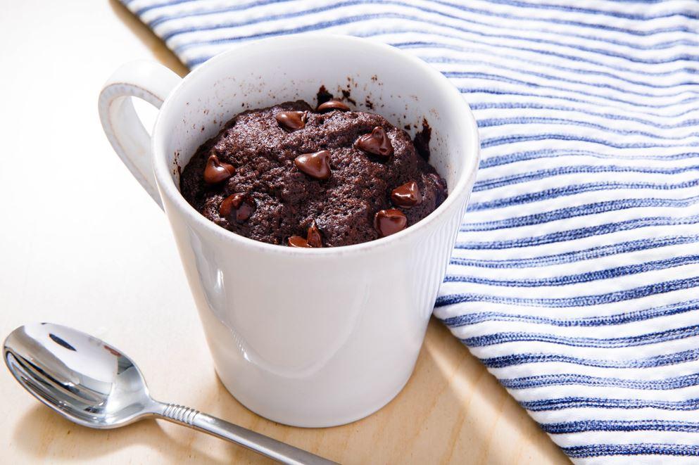 Ātri pagatavojamā šokolādes kūka kafijas krūzē