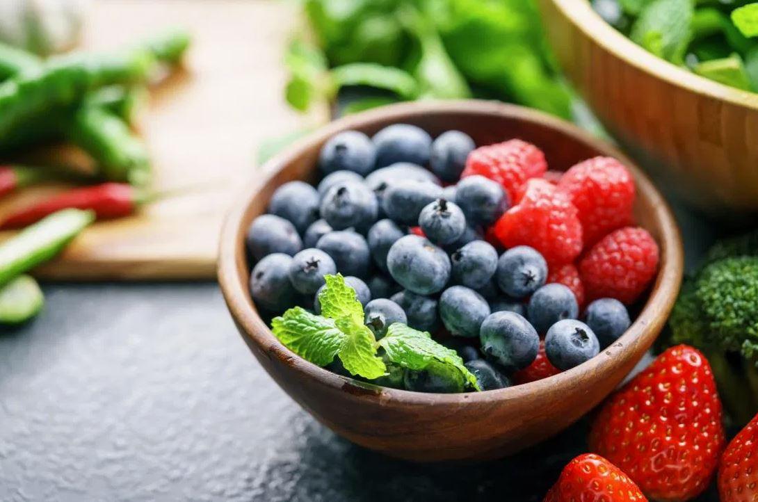 6 pārtikas produkti, ar kuriem samazināt ikdienā uzņemto sāls daudzumu
